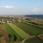 zdjęcia działki na sprzedaż z drona