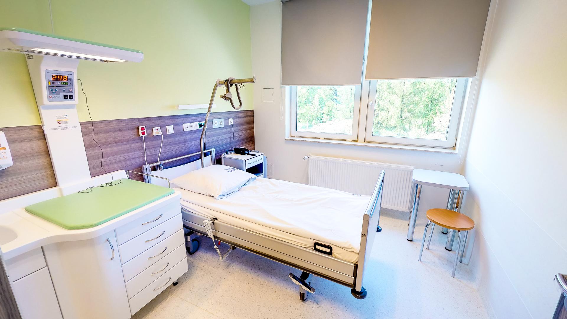 wirtualny spacer sala w szpitalu