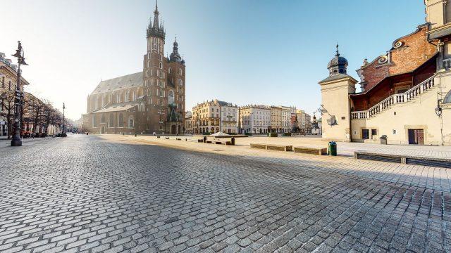 rynek bez ludzi w Krakowie