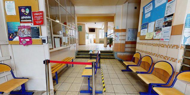 wirtualny spacer po szkole